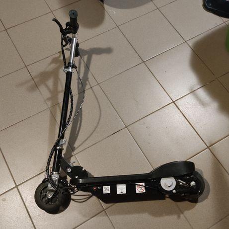 Hulajnoga elektryczna dziecięca do naprawy lub na części