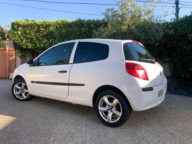 Renault Clio 1.5 dci como NOVO
