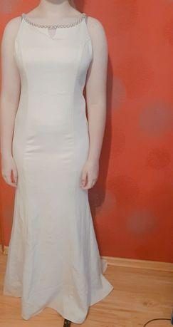 Suknia ślubna balowa z trenem