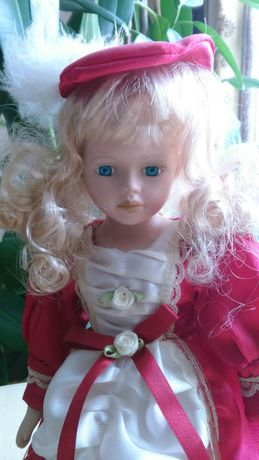 Порцелянова лялька