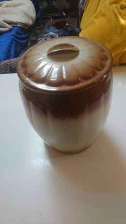 Большая ваза с крышкой для сыпучих продуктов