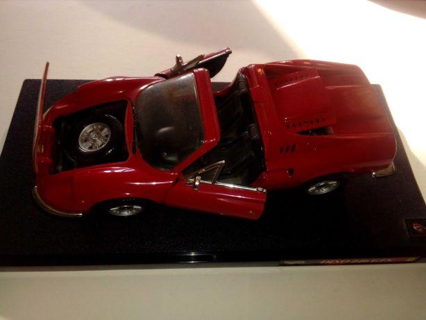 Ferrari Dino 246 GTS - kolekcjonerski model 1: 18