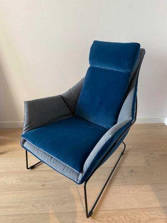 fotel + podnóżek SABA ITALIA New York Bergere