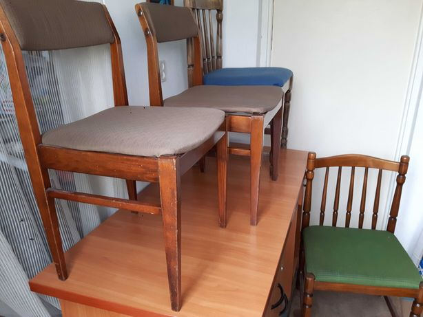 Cztery stare 4 krzesła antyk krzesło PRL vintage industrial komplet