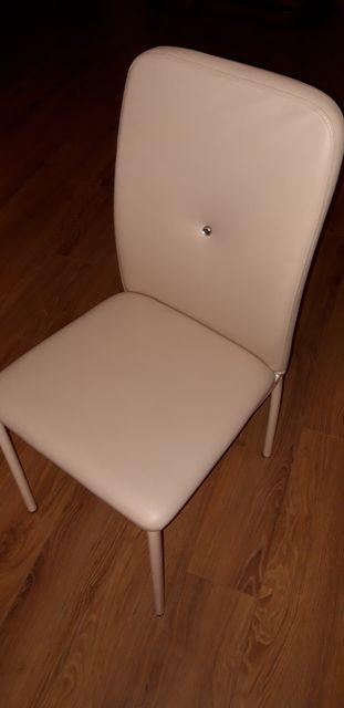Krzesło, komplet krzeseł