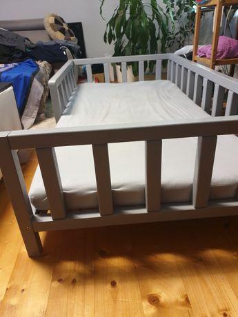 Łóżeczko drewniane niskie tipi szare + materac 160x80