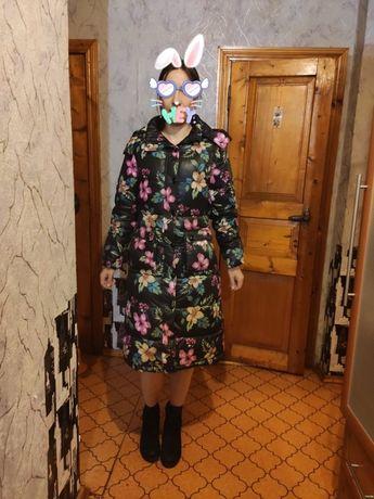 Жіночий пуховик-пальто в прекрасному стані, 44 розмір