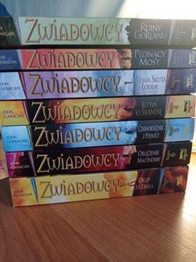 7 tomów serii Zwiadowcy