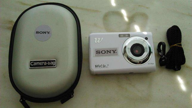 Máquina Fotográfica nova Sony