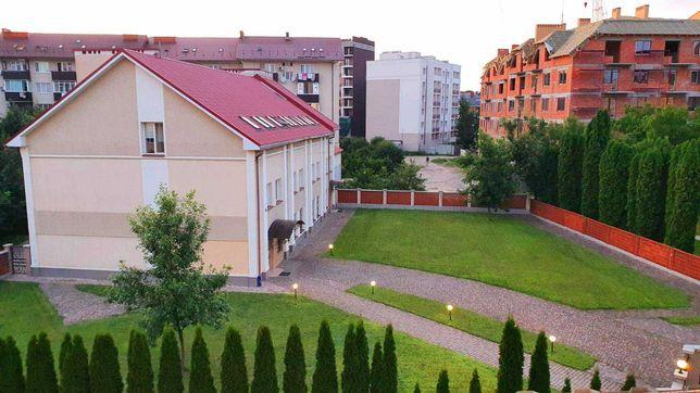 Надпростора квартира 138кв.м. з березовими краєвидами