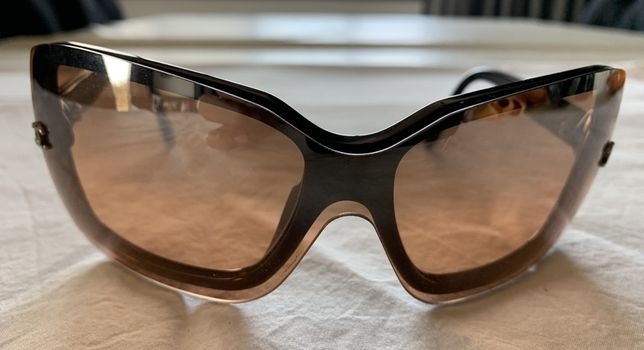 Óculos de sol CHANEL
