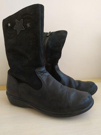 кожаные сапоги демисезонные по стельке 21,5 см.