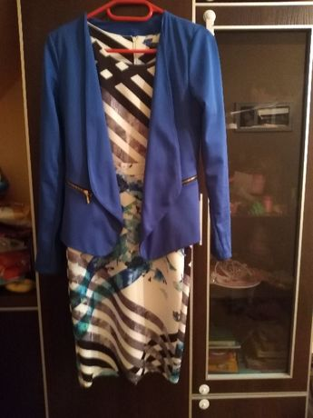 komplet sukienka z zakiecikiem