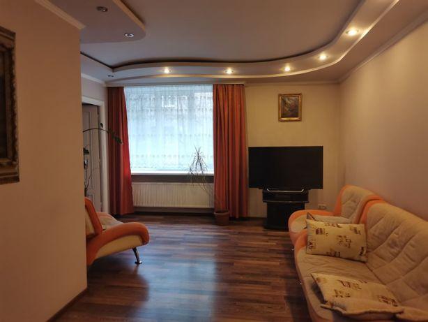 Продаж 3к квартири в польському люксі