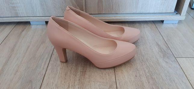 Buty na obcasie pudrowy róż 40 26cm