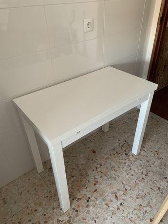 Mesa Extensivel BJURSTA IKEA (2 Extensões) 90x50/70/90cm