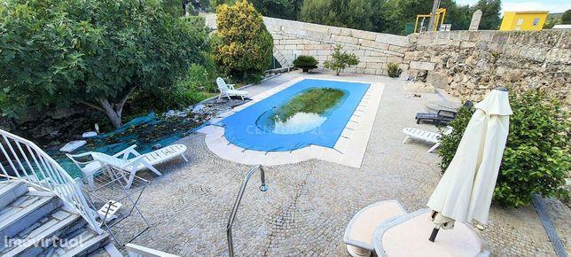 Moradia isolada com piscina em Rio Torto, Gouveia.