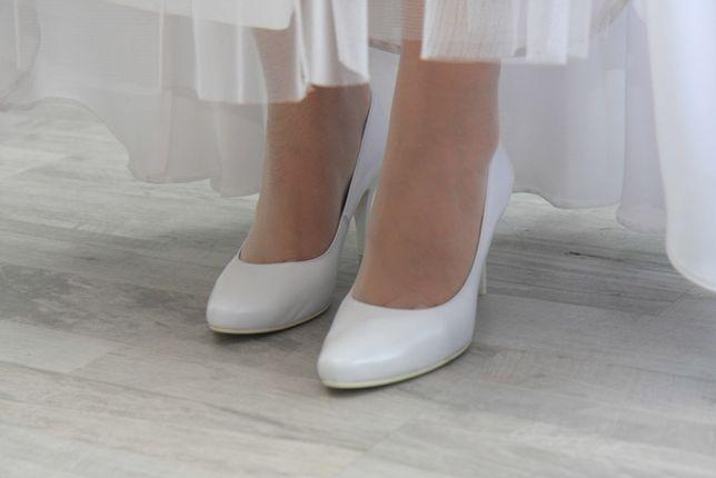 Buty ślubne białe, skóra, rozm. 39 wysokość obcasa 8cm