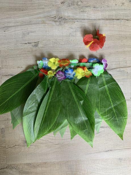 Przebranie na imprezę. Spódnica hawajska i kwiat ozdobny