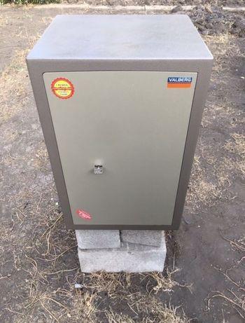 Продам сейф взломостойкий VALBERG ASK-67T В Рублях 15000₽