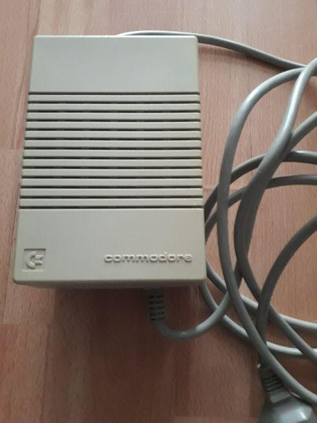 Commodore zasilacz