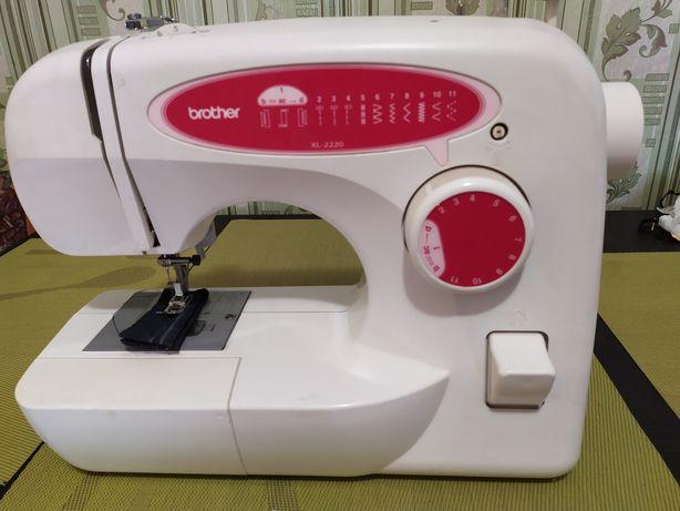 Швейная машинка Brother XL-2220