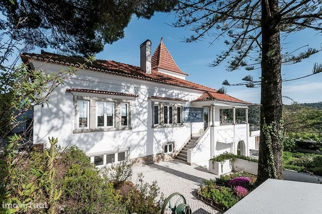 Moradia T4+1 para venda  com piscina em Vale de Lobos, Sintra