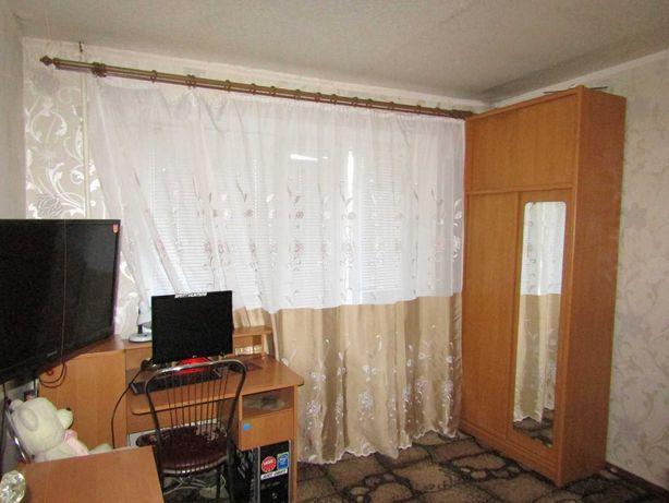 Однокомнатная Квартира (Малосемейка) ж/м Западный, второй этаж.