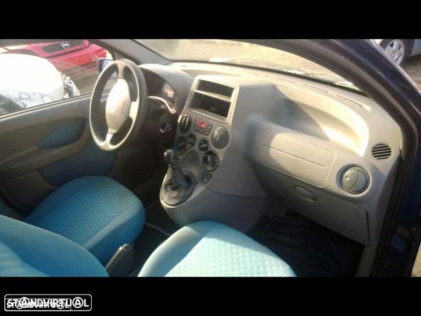 Interiores Fiat Panda 2005