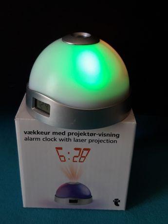 Relógio despertador com projeção