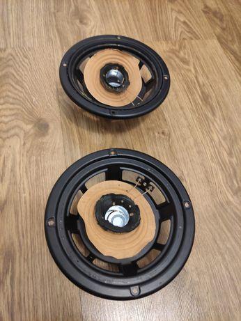 Kosze głośnikowe JBL A606 z kolumn JBL LX300