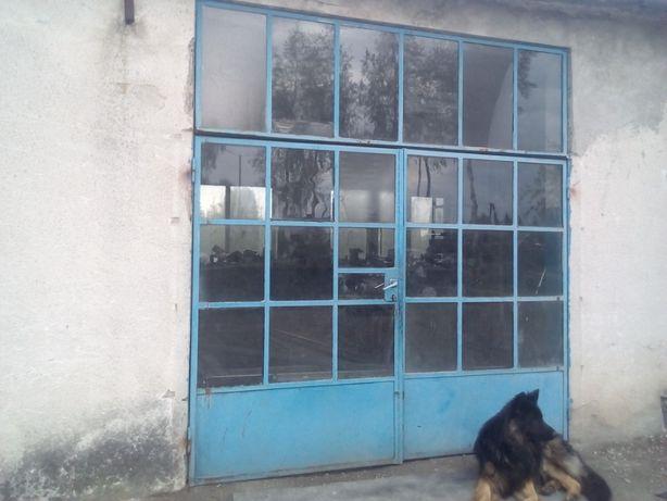 brama garażowa oszklona