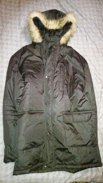 Продам две зимние куртки.
