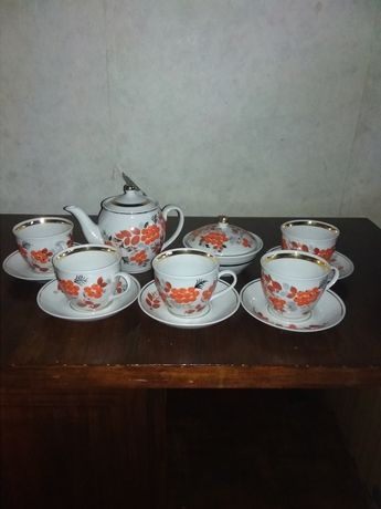 Сервиз чайный на пять персон