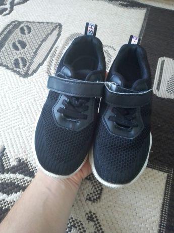 Кроссовки кросівки взуття обувь