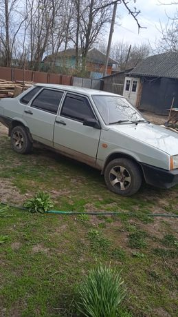 Машина легкова 21099