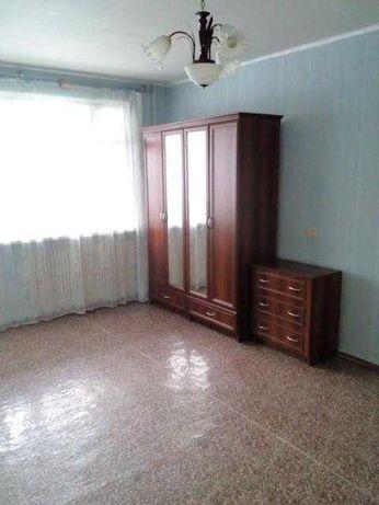 Продам 1 комн.квартиру улучшенку в 535 А м/р, Гарибальди.