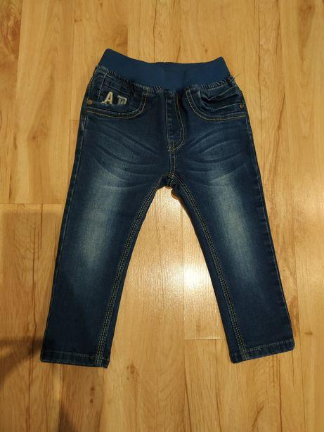 Dżinsy, spodnie dżinsowe chłopięce rozm 92