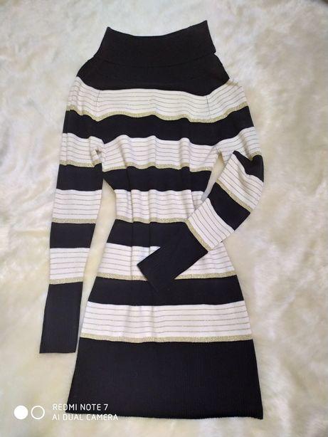 Вязаное платье в полоску. Платье с люрексом