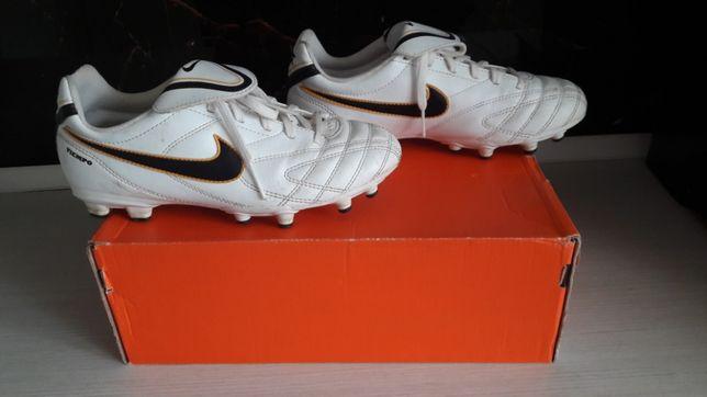 Korki Nike rozmiar 37.5 jr tiempo natural III fg
