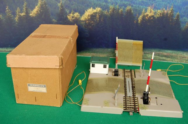 Marklin - passagem de nível, artigo 7192, com caixa original