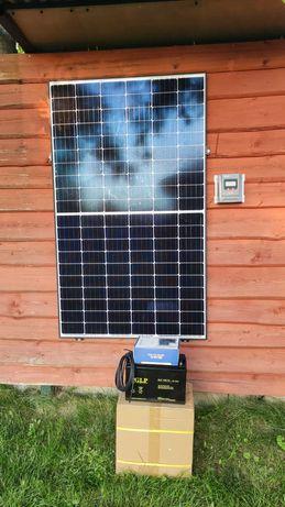 Zestaw fotowoltaiczny PV Kamper przyczepa of grid Działka Domek