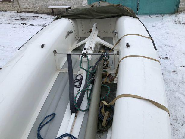Продается яхта швертбот 470