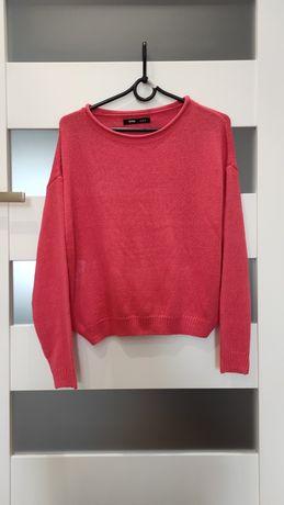 Sweterek w kolorze koralowym