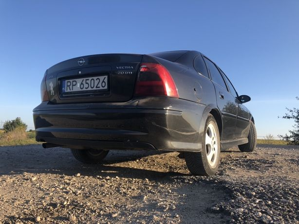 Opel veltra b (під розмитнення)