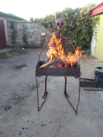 Мангал скелет ручной работы