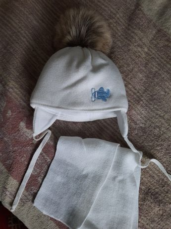 Зимова дитяча шапочка