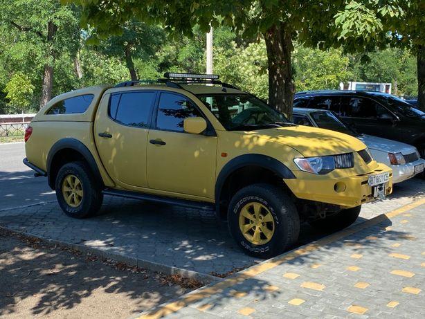 продажа автомобиля пикап Л200 подготовленный для рыбалки и охоты