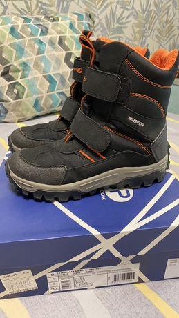 Ботинки подростковые Geox