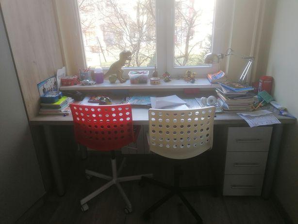 Szafa + biurko + szafka pod biurko + regał + krzesła
